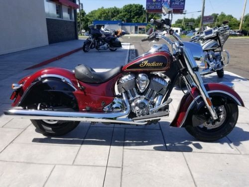 2017 Indian Chief Burgundy Metallic over Thunder Black photo