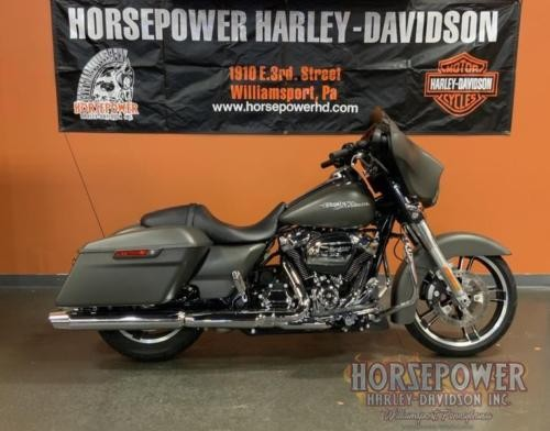 2018 Harley-Davidson FLHX - Street Glide® -- Gray photo