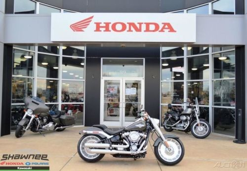 2018 Harley-Davidson Softail 2018 Harley-Davidson Softail FLFB Fat Boy Used Gray photo