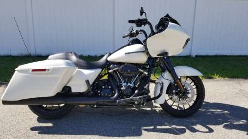 2018 Harley-Davidson Touring BONNEVILLE SALT PEARL for sale craigslist