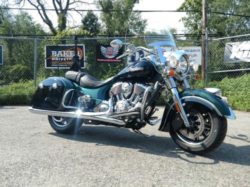 2018 Indian SPRINGFIELD TWO TONE GREEN&BLACK photo