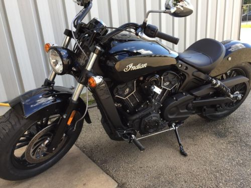 2018 Indian Scout Sixty Black photo