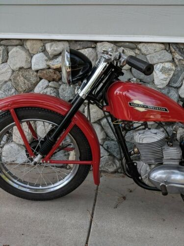1958 Harley-Davidson 165 s t Hummer Red photo