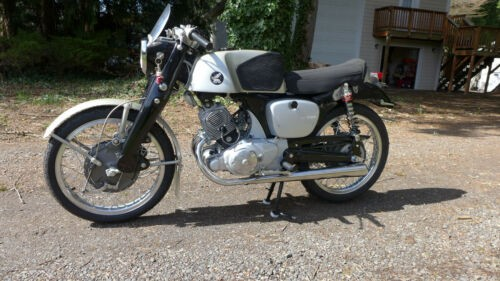 1961 Honda CB Silver photo