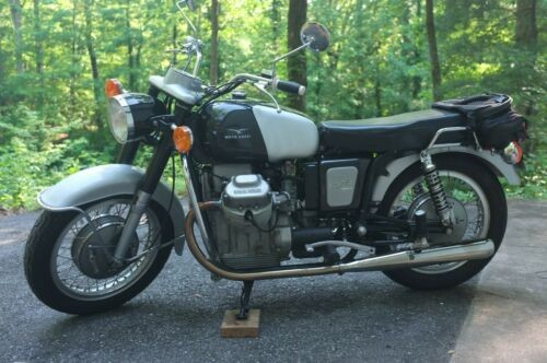 1966 Moto Guzzi V700 Silver photo
