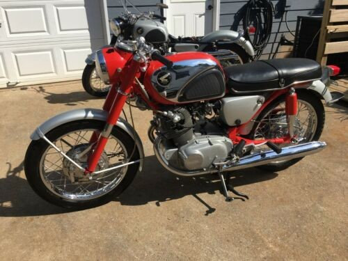 1967 Honda CB Red photo