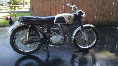 1967 Honda CL Silver photo