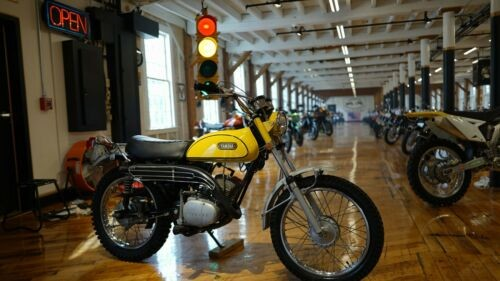 1970 Yamaha AT1 Enduro Yellow photo
