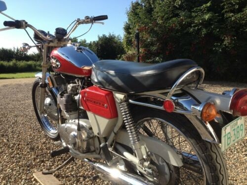 1971 BSA Rocket 3 Mk II Red photo