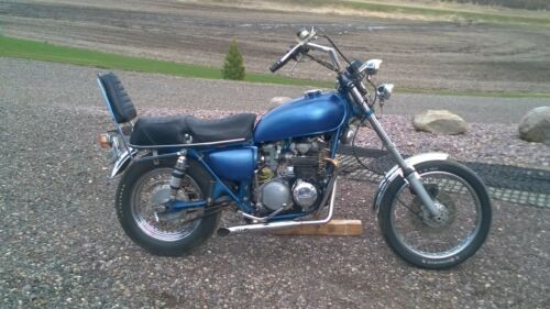 1972 Honda CB Blue photo