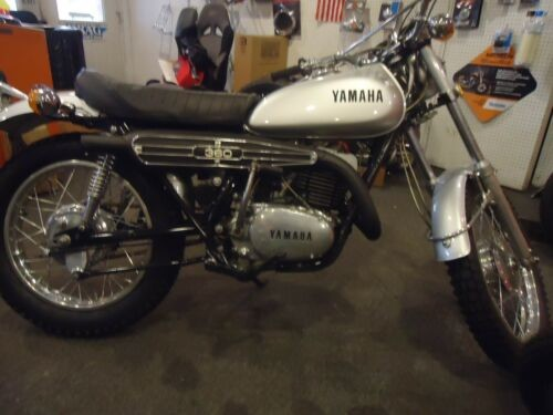 1972 Yamaha RT1  DT360 Silver photo