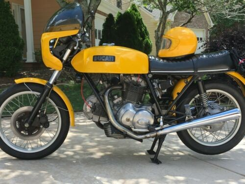 1974 Ducati 750 GT Yellow photo