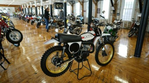 1974 Yamaha YZ White photo