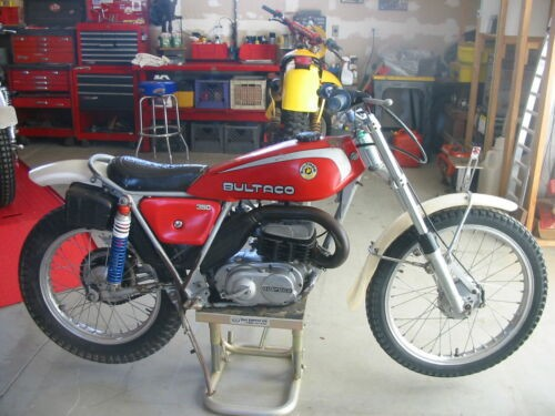 1976 Bultaco SHERPA T 350 Red photo