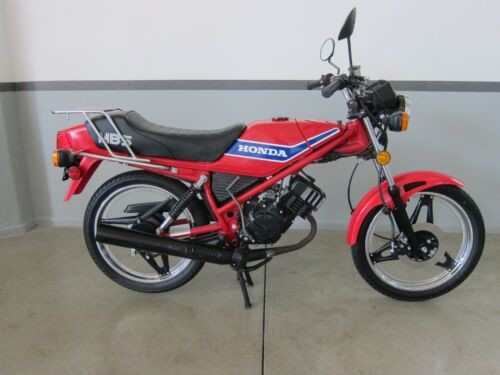 1982 Honda Other Red photo