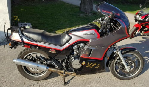 1985 Honda V65 Sabre / VF1100S Black and Silver metallic for sale