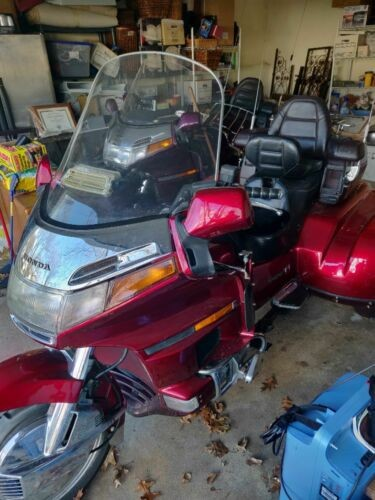 1996 Honda Gold Wing Red photo