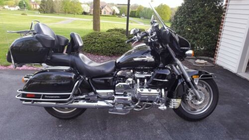 1999 Honda Valkyrie Black photo