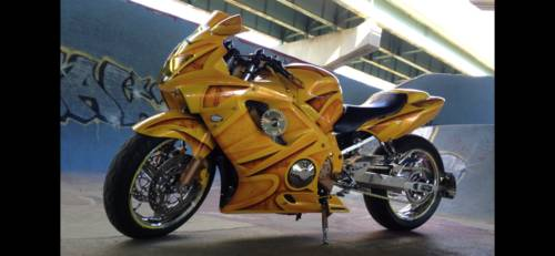 2000 Honda CBR Yellow photo