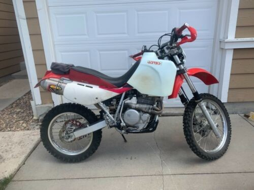 2000 Honda XR White photo
