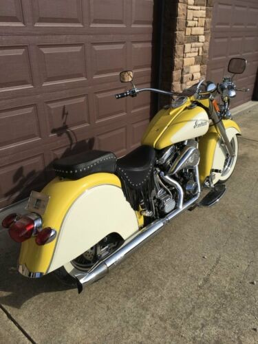 2000 Indian Chief Yellow photo