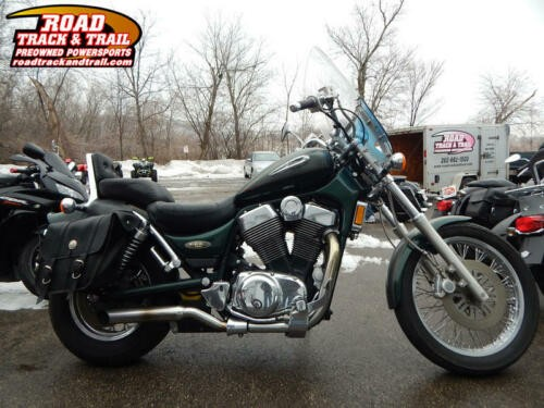 2000 Suzuki Intruder -- Gray photo