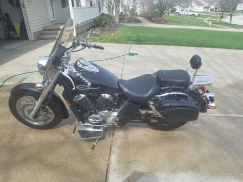 2001 Honda Shadow Black photo