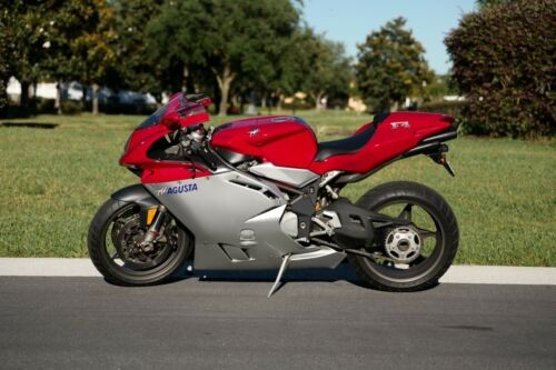 2002 MV Agusta F4 750 Red and Silver photo