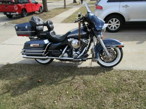 2003 Harley-Davidson Touring Gunmetal Blue photo