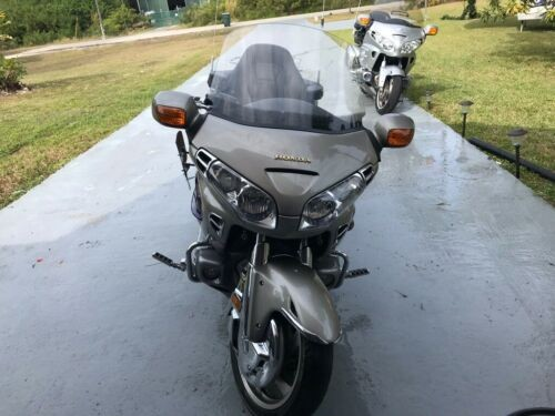 2003 Honda Gold Wing Silver photo