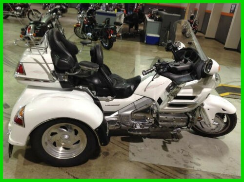 2003 Honda Gold Wing White photo