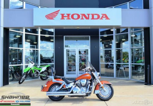 2003 Honda VTX1300S Orange photo