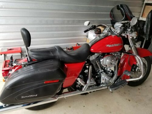 2004 Harley-Davidson FLHRSI - Road King Custom -Custom- Red photo