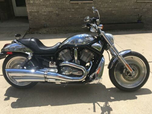 2004 Harley-Davidson V-ROD chrome and black photo