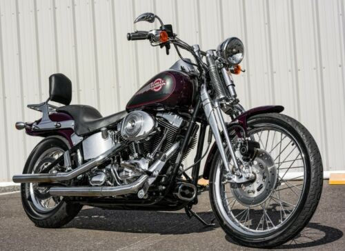 2005 Harley-Davidson Softail Black Cherry Pearl and Black Pearl 2-Tone photo