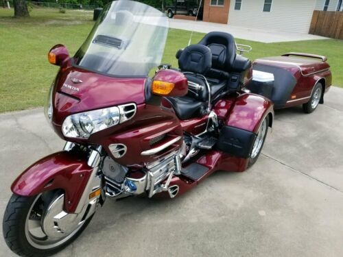 2005 Honda GL1800 Burgundy photo