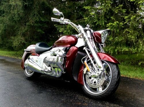 2005 Honda Valkyrie Bloodstone Red photo