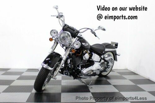2006 Harley-Davidson Softail Softail Deluxe Vance and Hines Exhaust Mustang sea Black photo