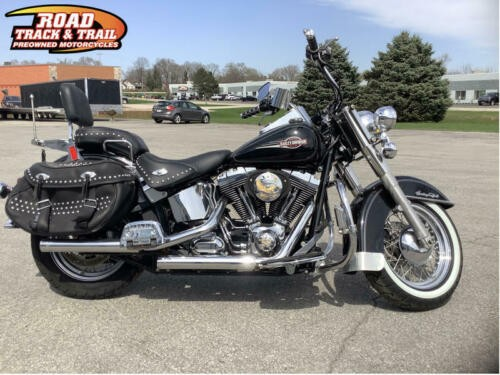 2007 Harley-Davidson FLSTC - Softail® Heritage Classic -- Black photo