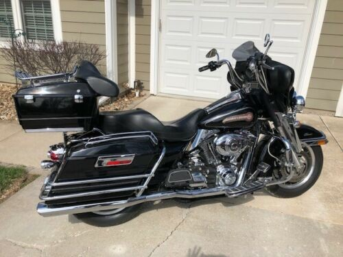 2007 Harley-Davidson Touring Black photo