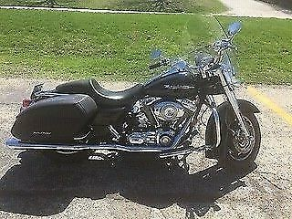 2007 Harley-Davidson road king custom Black photo