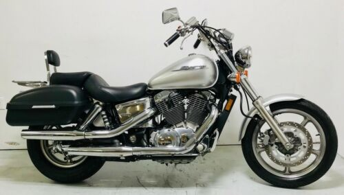 2007 Honda Shadow Silver photo