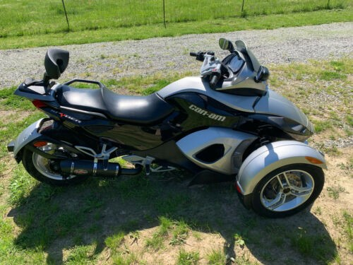 2008 Can-Am Spyder Black/silver photo