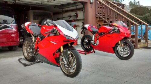 2008 Ducati Superbike Red photo