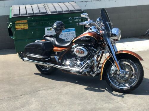 2008 Harley-Davidson Touring Black Onyx/ Crystal Copper photo