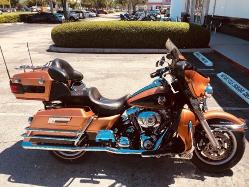 2008 Harley-Davidson Touring Gold photo