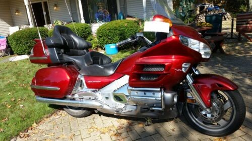 2008 Honda Gold Wing Red photo