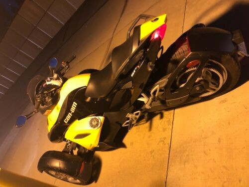 2009 Can-Am RS SE5 Yellow photo