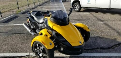 2009 Can-Am Spyder Yellow photo