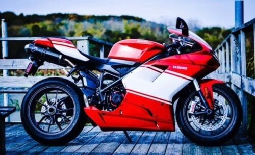 2009 Ducati Supersport Red photo